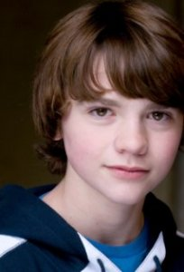 Джоэль Кортни Joel Courtney