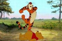 Тигра шагает через Винни